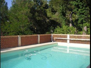 Appartager FR - chambre meublée tout confort - Bouc-Bel-Air, Aix-en-Provence - 450 € /Mois