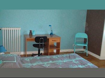 Appartager FR - chambre meublée maison tout confort 4 moulins - Brest, Brest - 350 € /Mois