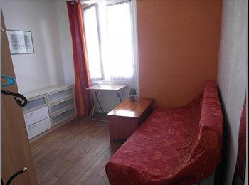 Chambre 16 m² dans appartmt au centre de Lorient
