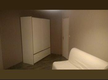 Appartager FR - chambre disponible pour location/collocation - Reims, Reims - 220 € /Mois