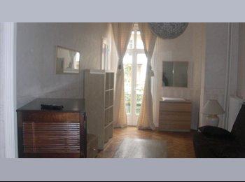Appartager FR - loue T4 bourgeois pour 2 étudiants1 chambre  20 et chambre 25 m2, Nice - 485 € /Mois