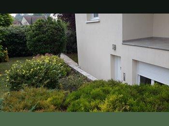 Appartager FR - coloc avec chambre  meublée, wc douche privatives. - Saint-Brice-Courcelles, Reims - 290 € /Mois