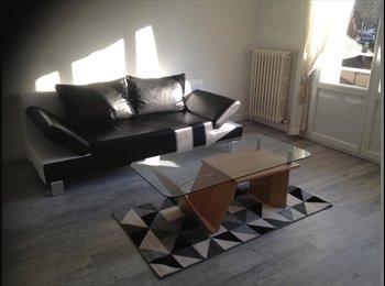 Appartager FR - chambre à louer dans T3 meublé, Annecy - 600 € /Mois