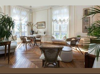 Appartager FR - Nice bedroom in a beautifull share - 8ème Arrondissement, Paris - Ile De France - 880 € /Mois