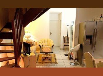 Appartager FR - Coloc entier,apt équipée - 5 chambres - Cergy, Paris - Ile De France - 420 € /Mois