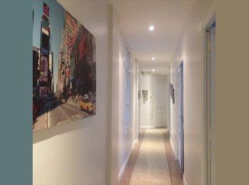 Colocation conviviale dans un  grand appartement...