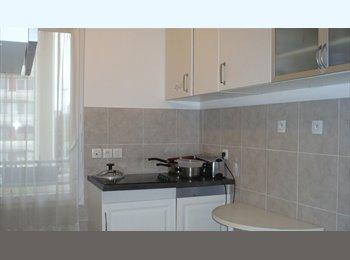 Appartager FR - chambre meublé équipée, Bobigny - 650 € /Mois