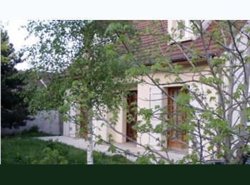 Appartager FR - Chambre individuelle meublée -Coloc. indépendante - Le Perreux-sur-Marne, Paris - Ile De France - 450 € /Mois