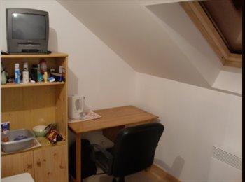 Appartager FR - chambre à louer dans maison, Taverny - 300 € /Mois