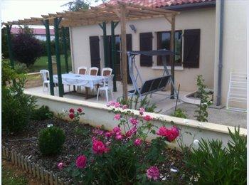 Appartager FR - Vivre à Poitiers, Poitiers - 300 € /Mois