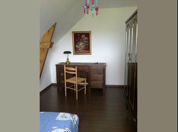 Appartager FR - Coloc dans maison à Vannes proche tous services - Vannes, Vannes - 250 € /Mois