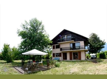 Appartager FR - Une grande maison pour une colocation sympa., Sonnaz - 435 € /Mois