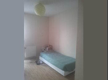 chambre spacieuse 13 m2