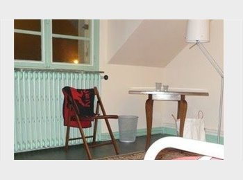 Appartager FR - chambre meublée en colocation, Tours - 310 € /Mois