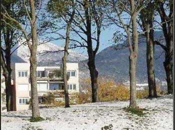 Appartager FR - Chambre avec balcon dans appartement en colocation - Grands boulevards, Grenoble - 340 € /Mois