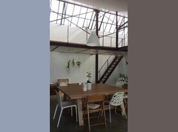Appartager FR - chambre 16 m2 chez l'habitant dans un loft, Romainville - 650 € /Mois