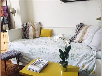 Two bedrooms in the 17th arrondissement