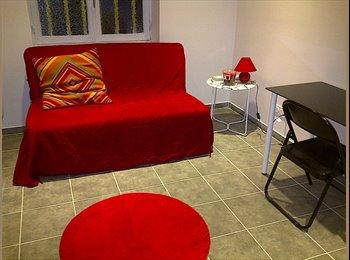 1 chambre  libre Juillet Août dans  Coloc de 3 chambres