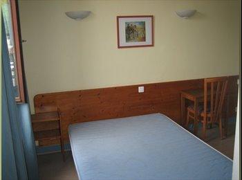 Appartager FR - chambre en colocation pour étudiant, Chambéry - 400 € /Mois