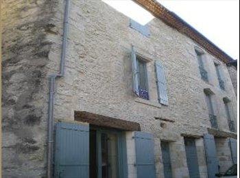 Appartager FR - Cohabitation d'un 2 piéces donc G chambre de 45m2  indépendente  a 15 Mn de Périgueux  - Trélissac, Périgueux - 300 € /Mois