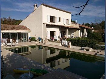 Colocation maison avec piscine Biot