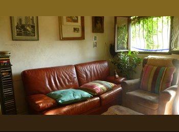 chambre  dans pavillon avec jardin