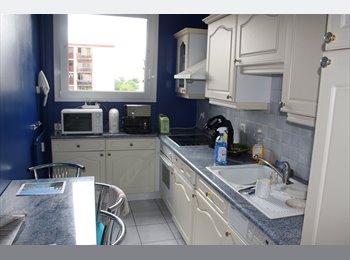 Appartager FR - location chambre meublée  - Saint-Denis, Paris - Ile De France - 410 € /Mois