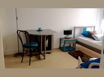 Chambre meublée ,parking,f.de ménage aux Lilas
