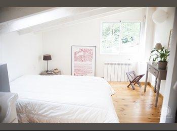Appartager FR - Maison Type Loft, Montpellier - 350 € /Mois