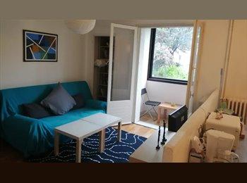 Appartager FR - Chambre dans T3 renove - Bonnefoy/Jolimont - Faubourg Bonnefoy, Toulouse - 300 € /Mois