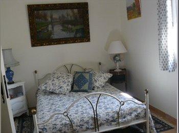 Appartager FR - chambre dans villa - Sanary-sur-Mer, Toulon - 500 € /Mois