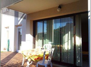 Appartager FR - 1 chambre dans beau T4 + jardin BLAGNAC - Blagnac, Toulouse - 320 € /Mois