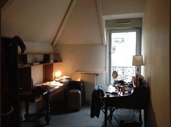 Chambre chez l'habitant 75010 - 500 €
