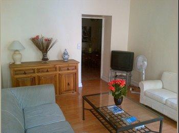 Appartager FR - 2 chambres /doubles eu coeur de Nice. - Cœur de Ville, Nice - 600 € /Mois