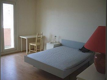 Esplanade superbe ch. meublée avec balcon privatif