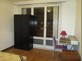 Chambre meublée en colocation à Villeneuve 92