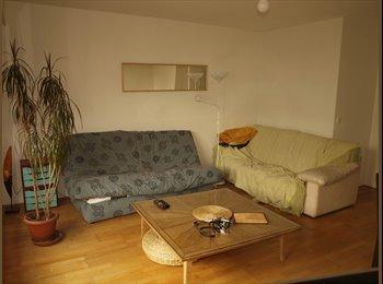 Appartager FR - chambre dans colocation à 3 à partir de mai - 20ème Arrondissement, Paris - Ile De France - 740 € /Mois