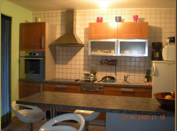Appartager FR - chambre moblée, Annemasse - 500 € /Mois