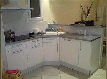 Appartager FR - petite maison à louer pour 2 étudiants - La Rochelle, La Rochelle - 700 € /Mois
