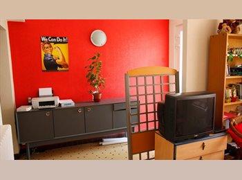 Appartager FR - Pavillon avec Jardin,  1 chambre et SdB privée, Angers - 310 € /Mois