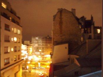 Chambre & terrasse centre / City room & patio