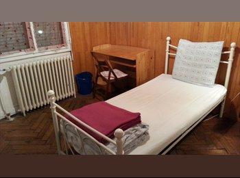 Appartager FR - LOCATION ÉTUDIANTE - Bacalan, Bordeaux - 450 € /Mois