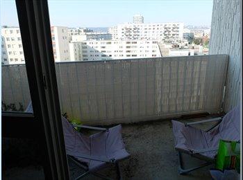 loue chambre dans appartement de 90m2
