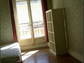 Appartager FR - colocation dans appartement 85 m2 CENTRE VILLE - Hyper-centre, Grenoble - 385 € /Mois