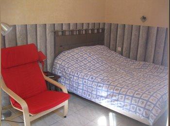 Appartager FR - Recherches locataire ou étudiant, sympathique ! - 4ème Arrondissement, Marseille - 480 € /Mois