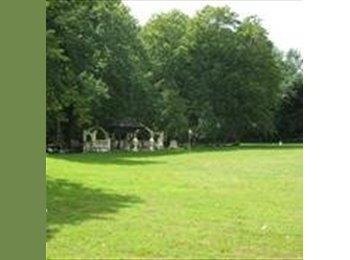 Appartager FR - Maison dans le domaine un château - Pontault-Combault, Paris - Ile De France - 500 € /Mois