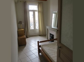 Appartager FR - Colocation plein cœur des 5 Av - 4ème Arrondissement, Marseille - 400 € /Mois