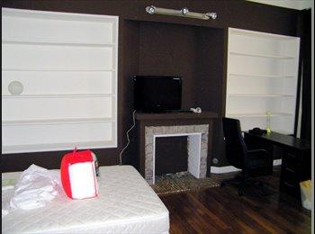 Appartager FR - Grande chambre meublée à côté Fac Tréfilerie, Saint-Etienne - 330 € /Mois