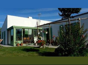 Appartager FR - location étudiants / Jeunes Salariés ( es ) - Aytré, La Rochelle - 360 € /Mois