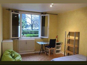 Appartager FR - Appartement meuble et refait, dans le campus, Grenoble - 385 € /Mois